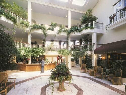 . Hotel Landgut Horn
