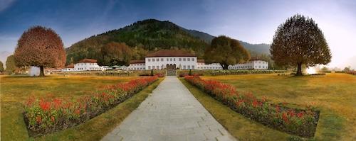 . The Lalit Grand Palace Srinagar