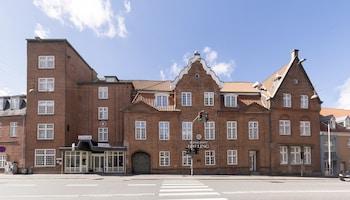 ヘルナン フェニックス ホテル