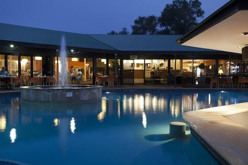 . Mercure Alice Springs Resort