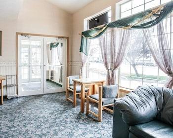 Rodeway Inn & Suites Spokane Valley - Lobby  - #0