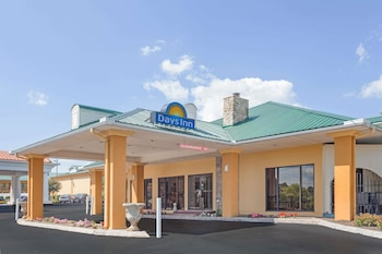 Hotel - Days Inn by Wyndham Lenoir City