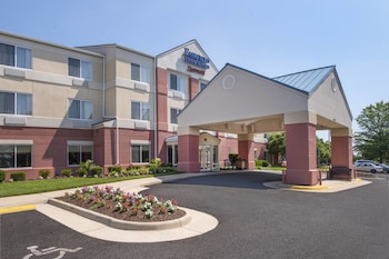Hotel - Fairfield Inn & Suites Dulles Airport Chantilly