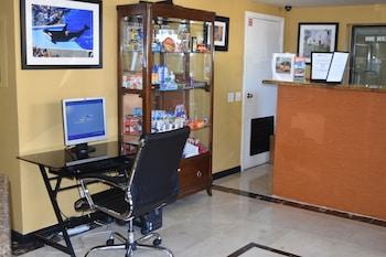 Concierge Desk at Old Town Western Inn & Suites in San Diego