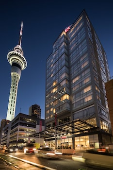 Rydges Auckland - Featured Image