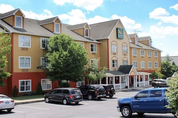 Hotel - Quality Inn & Suites Cincinnati Sharonville