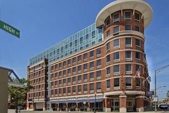 哥倫布市中心歡朋套房飯店 Hampton Inn & Suites Columbus Downtown