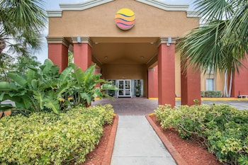 Comfort Inn and Suites Ft Lauderdale