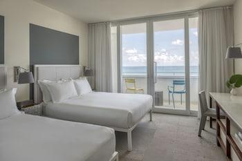 Room, 2 Queen Beds, Balcony, Ocean Front