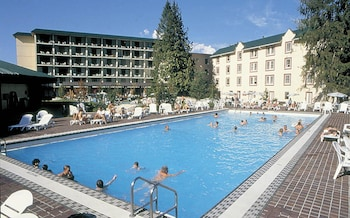 Hotel - Harrison Hot Springs Resort and Spa