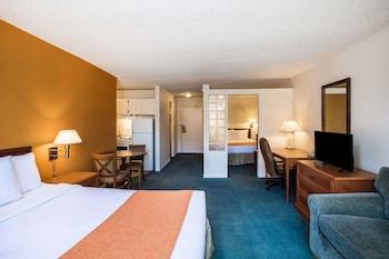 Hotel - Howard Johnson Hotel by Wyndham Victoria