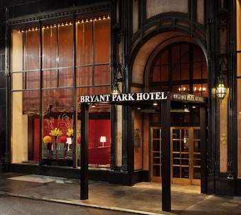 Airport Hotels Near Bryant Park In New York From 149 Night