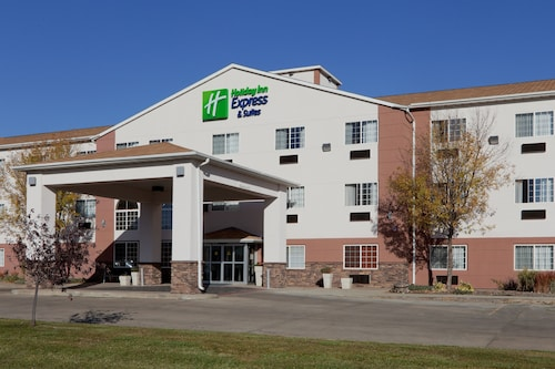 __{offers.Best_flights}__ Holiday Inn Express & Suites Fort Pierre