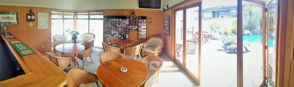 베이크레스트 로지(Baycrest Lodge) Hotel Image 29 - Hotel Lounge