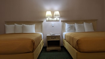 Room, 2 Queen Beds, Non Smoking