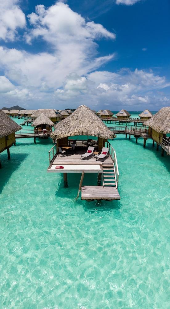 https://i.travelapi.com/hotels/1000000/560000/558800/558749/e81ceb6a_z.jpg