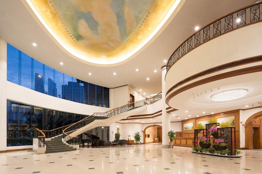 ラマダ バイ ウィンダム パール 広州 (廣州凱旋華美達大酒店)