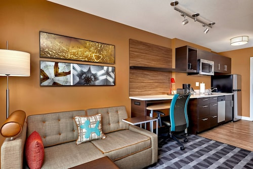 . TownePlace Suites by Marriott Fort McMurray