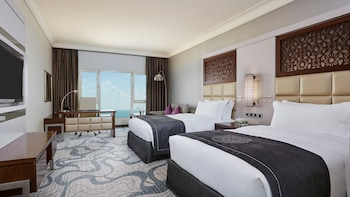 Deluxe Room, 2 Twin Beds, Sea View