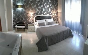Double Room Single Use (Habitación Doble Superior con bañera)