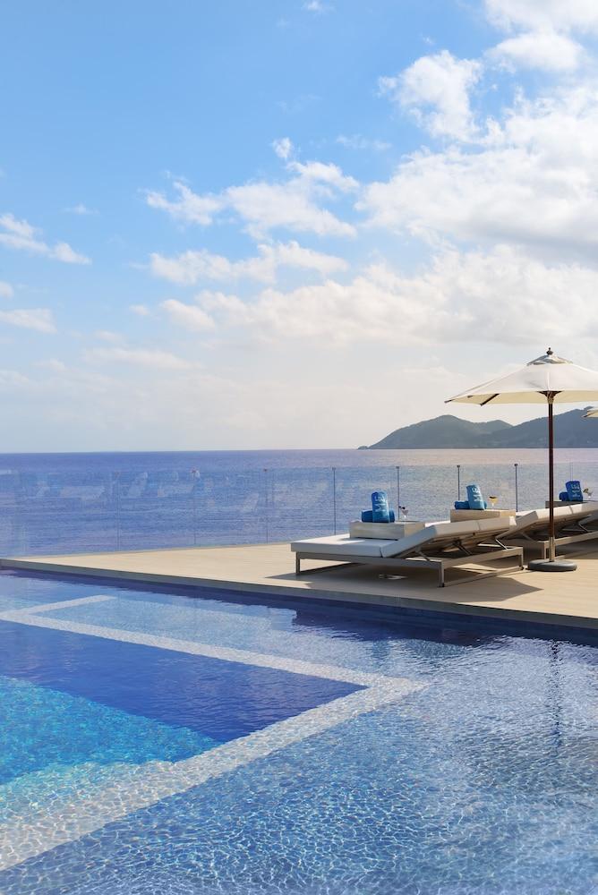 https://i.travelapi.com/hotels/1000000/570000/562200/562132/a8f18c78_z.jpg