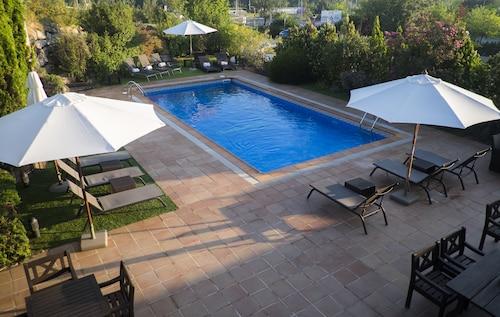 . Hotel Costabella