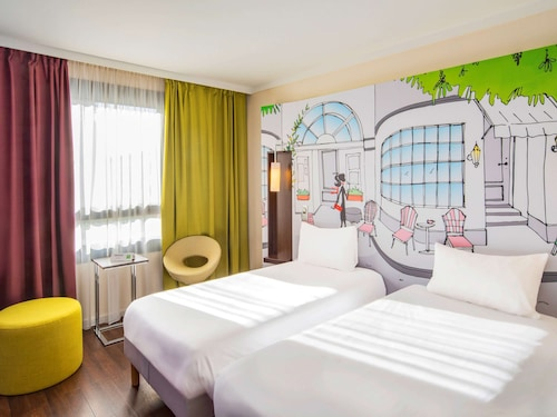 . Ibis Styles Evry Cathedrale