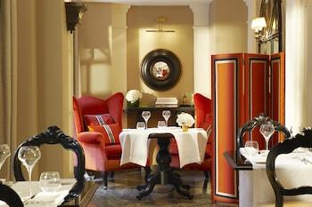 巴黎卡斯蒂利亞星辰精選飯店