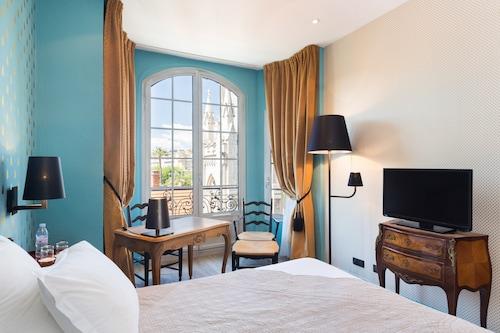 . Hôtel Le Grimaldi by Happyculture