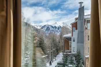Hotel - Mountainside Inn