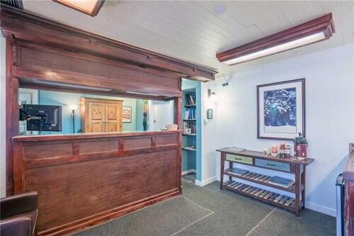 __{offers.Best_flights}__ Mountainside Inn