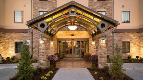 Staybridge Suites Wichita Falls, Wichita