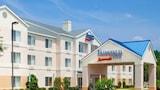 Fayetteville Hotels