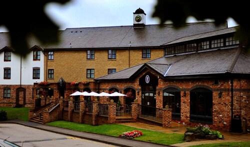 . Village Hotel Liverpool