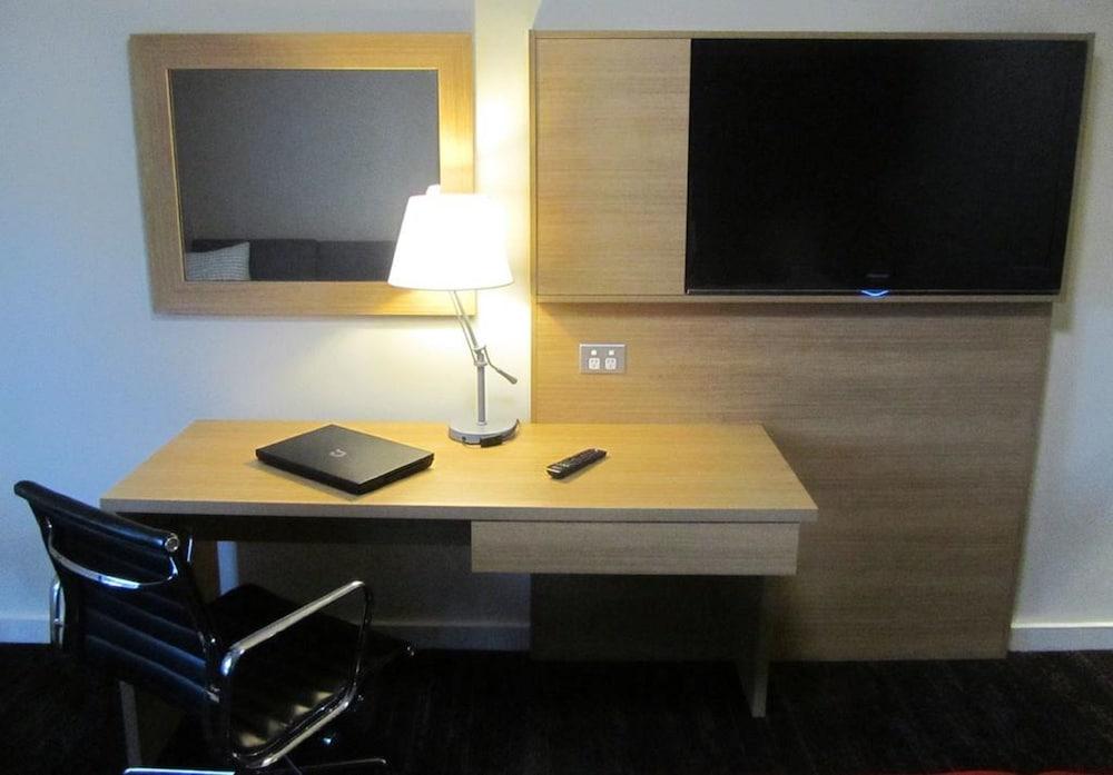 퀄리티 호텔 파크레이크 셰퍼턴(Quality Hotel Parklake Shepparton) Hotel Image 13 - Guestroom