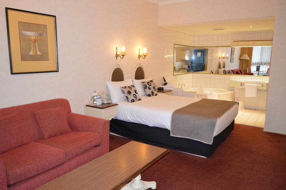 퀄리티 호텔 파크레이크 셰퍼턴(Quality Hotel Parklake Shepparton) Hotel Image 8 - Guestroom