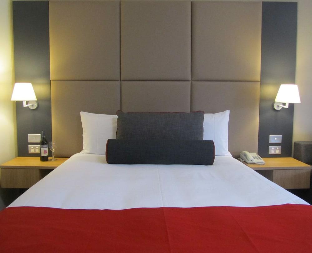 퀄리티 호텔 파크레이크 셰퍼턴(Quality Hotel Parklake Shepparton) Hotel Image 5 - Guestroom