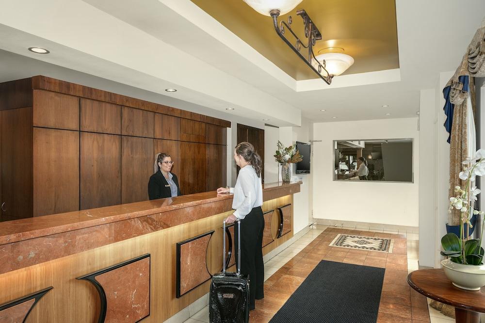 퀄리티 호텔 파크레이크 셰퍼턴(Quality Hotel Parklake Shepparton) Hotel Image 3 - Reception