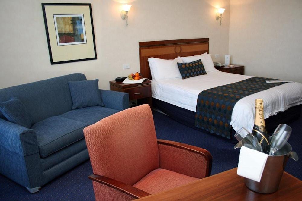 퀄리티 호텔 파크레이크 셰퍼턴(Quality Hotel Parklake Shepparton) Hotel Image 14 - Guestroom