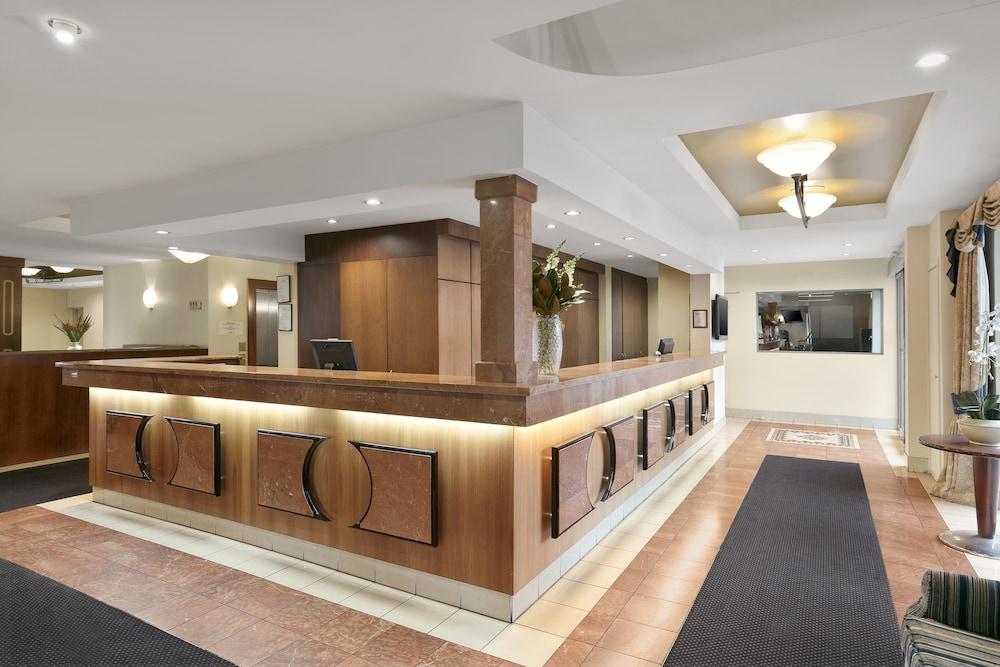 퀄리티 호텔 파크레이크 셰퍼턴(Quality Hotel Parklake Shepparton) Hotel Image 4 - Reception