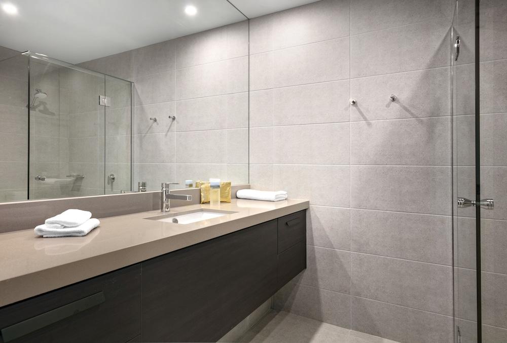 퀄리티 호텔 파크레이크 셰퍼턴(Quality Hotel Parklake Shepparton) Hotel Image 39 - Bathroom
