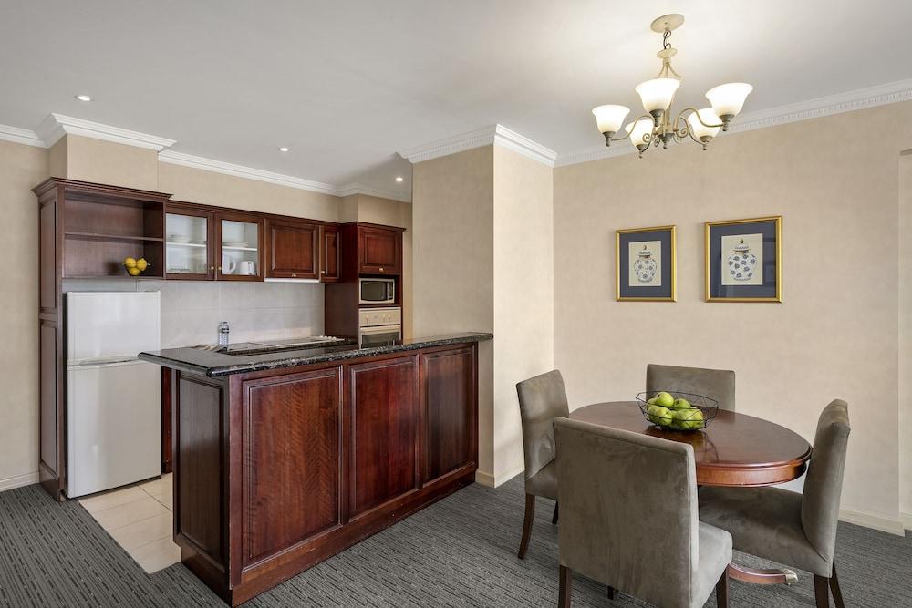 퀄리티 호텔 파크레이크 셰퍼턴(Quality Hotel Parklake Shepparton) Hotel Image 32 - In-Room Kitchen