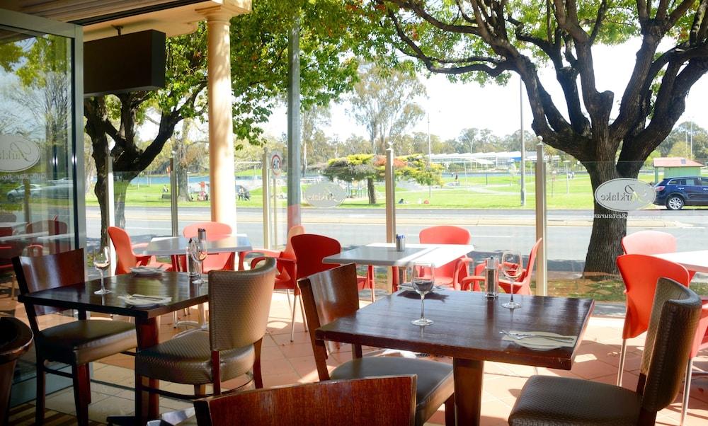 퀄리티 호텔 파크레이크 셰퍼턴(Quality Hotel Parklake Shepparton) Hotel Image 49 - Restaurant