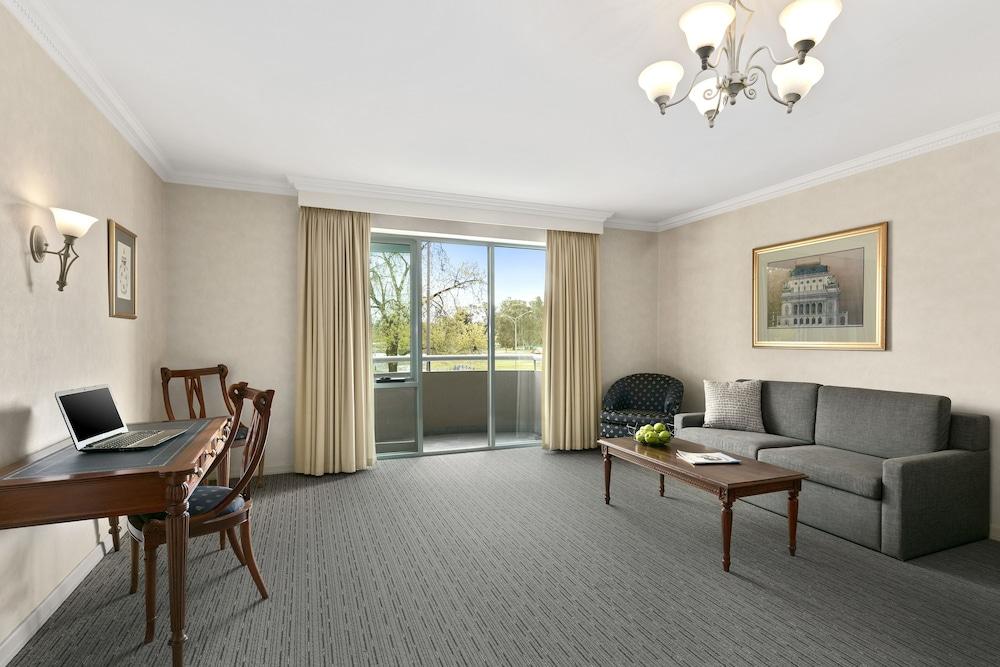 퀄리티 호텔 파크레이크 셰퍼턴(Quality Hotel Parklake Shepparton) Hotel Image 35 - Living Area