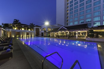 Marco Polo Davao Outdoor Pool