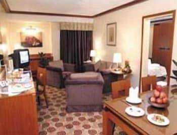 Junior Suite, 1 King Bed, Smoking