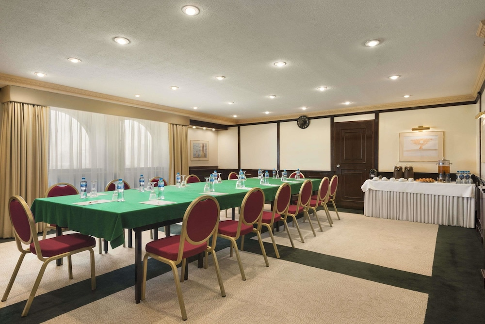 라마다 호텔 바레인(Ramada Hotel Bahrain) Hotel Image 34 - Meeting Facility