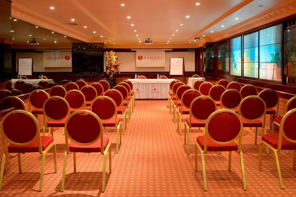라마다 호텔 바레인(Ramada Hotel Bahrain) Hotel Image 30 - Meeting Facility