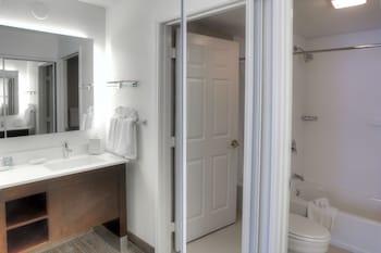 Residence Inn by Marriott McAllen - Bathroom  - #0