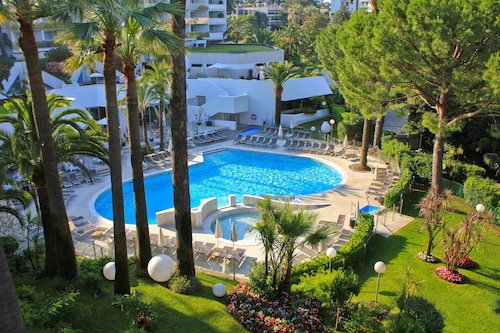 __{offers.Best_flights}__ Hotel Cannes Montfleury